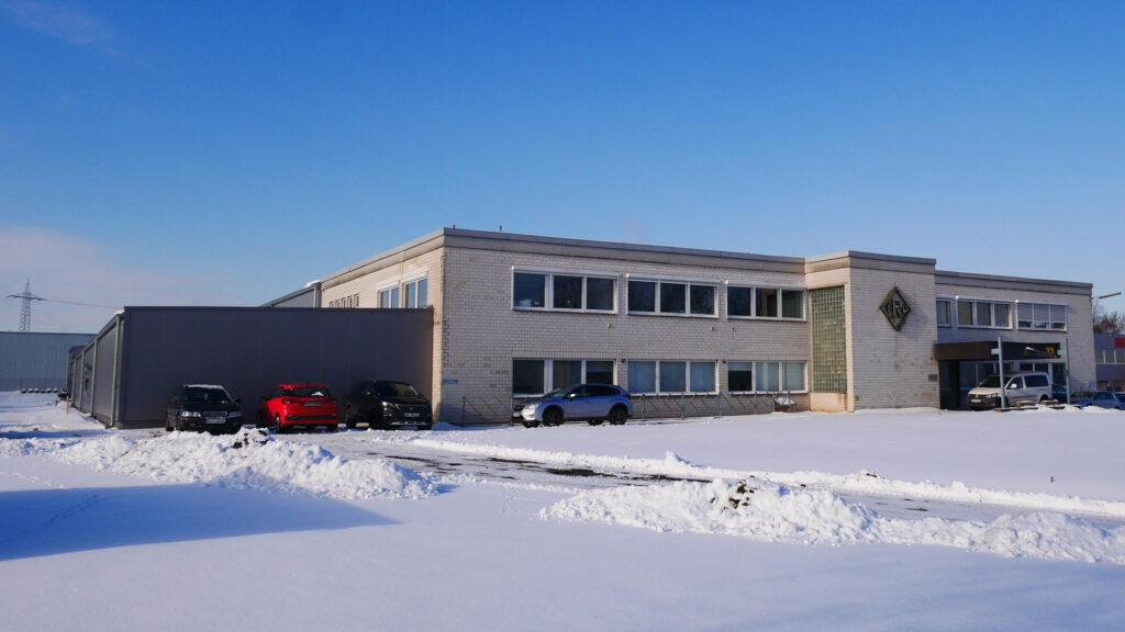 GebäudeAnsicht4-2021