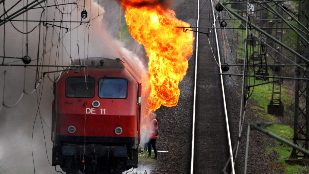 Feuer Diesellok bei Rees Empel